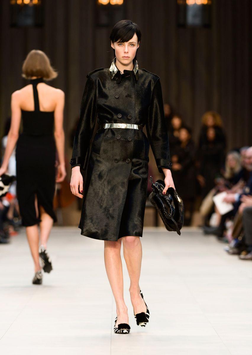 burberry-prorsum-womenswear-autumn-winter-2013-collection-49.jpg
