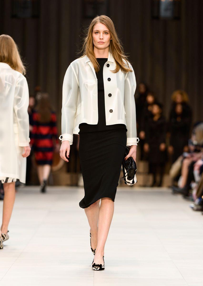 burberry prorsum womenswear autumn winter 2013 collection 40