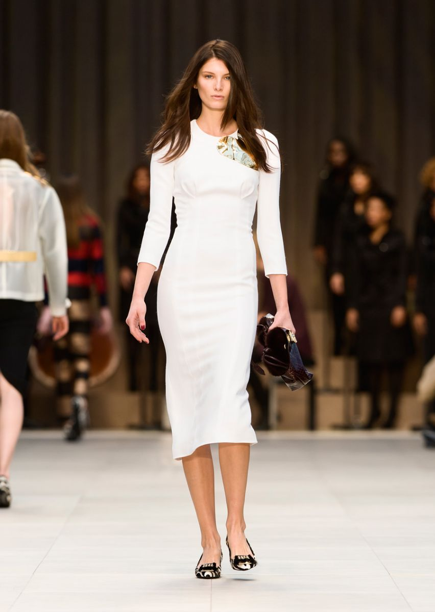 burberry-prorsum-womenswear-autumn-winter-2013-collection-42.jpg